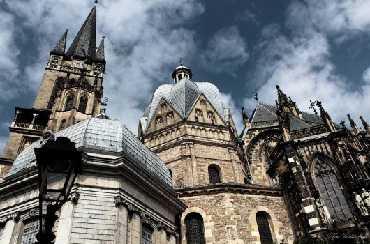 Im Aachener Dom zuhause: Wo die Wanderfalken brüten