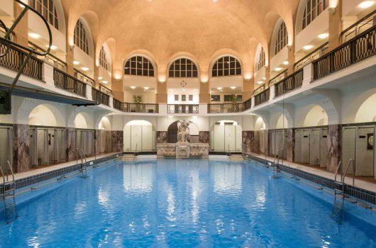 Entspannter schwimmen: Aachener Schwimmhallen aufwerten