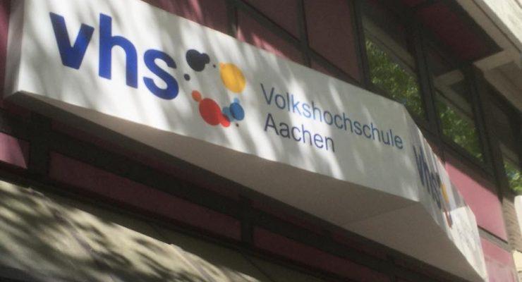 Verschlankung der VHS Aachen – Sämtliche Einsparmöglichkeiten nutzen